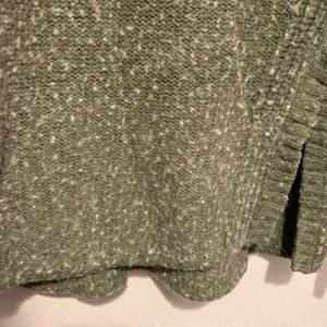 American Eagle Outfitters Sweaters - Comfy turtleneck sweater